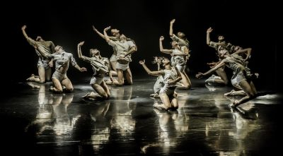 Kibbutz Contemporary Dance Company - Horses in the Sky