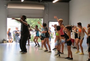 IMAGE Twitch teaches a master class at Nuevo School of Contemporary Dance in California. IMAGE