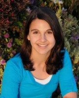 IMAGE Headshot of Melinda Marchiano, author of Grace: A Child's Intimate Journey Through Cancer and Recovery IMAGE
