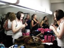 IMAGE_dressingroom_IMAGE