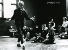 Merce Cunningham demonstrates a movement in a compisition class at Laban Centre