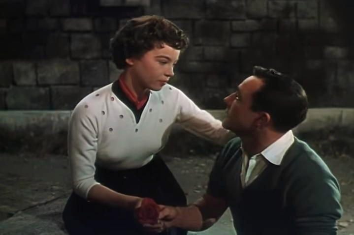 By film trailer screenshot (MGM) (An American in Paris trailer) [Public domain], via Wikimedia Commons