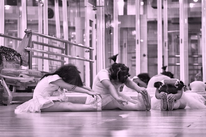 little dancers stretching